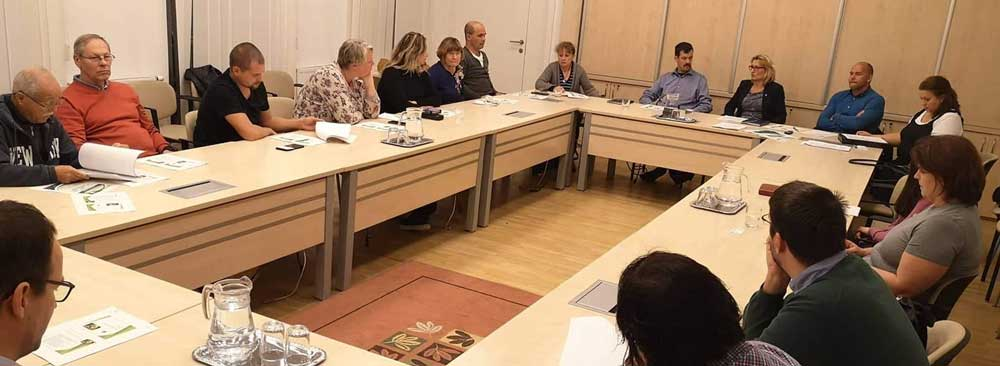 November 12-én, kedden megalakult a Zöld Munkacsoport a Városházán